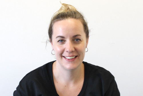 Dr Lauren Tapper
